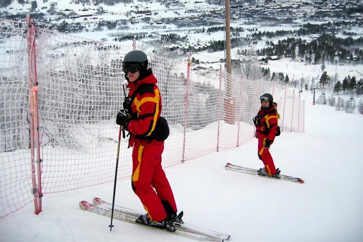 Martin og Sonja på jobb i 09/10 sesongen.