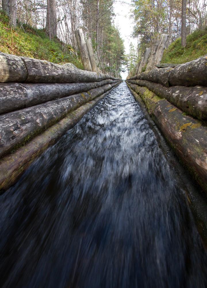 En av de mange tømmerrennene som ble laget for å fløte tømmer mellom Femunden og Ferragen og videre til smelteverket på Røros