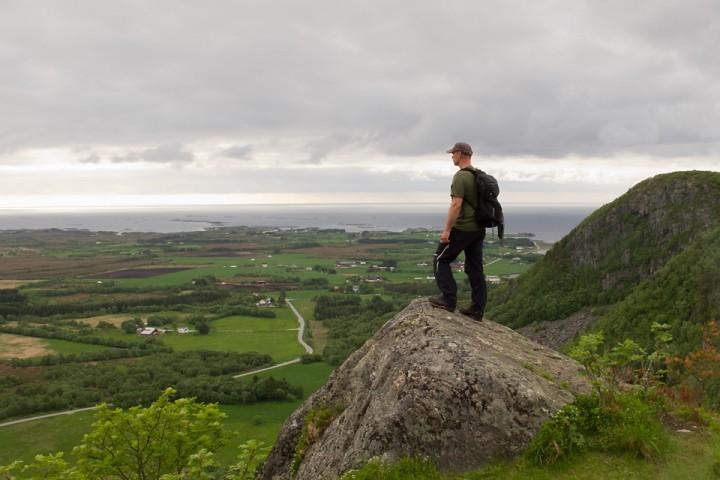 Utsikt mot Hustadvika fra toppen