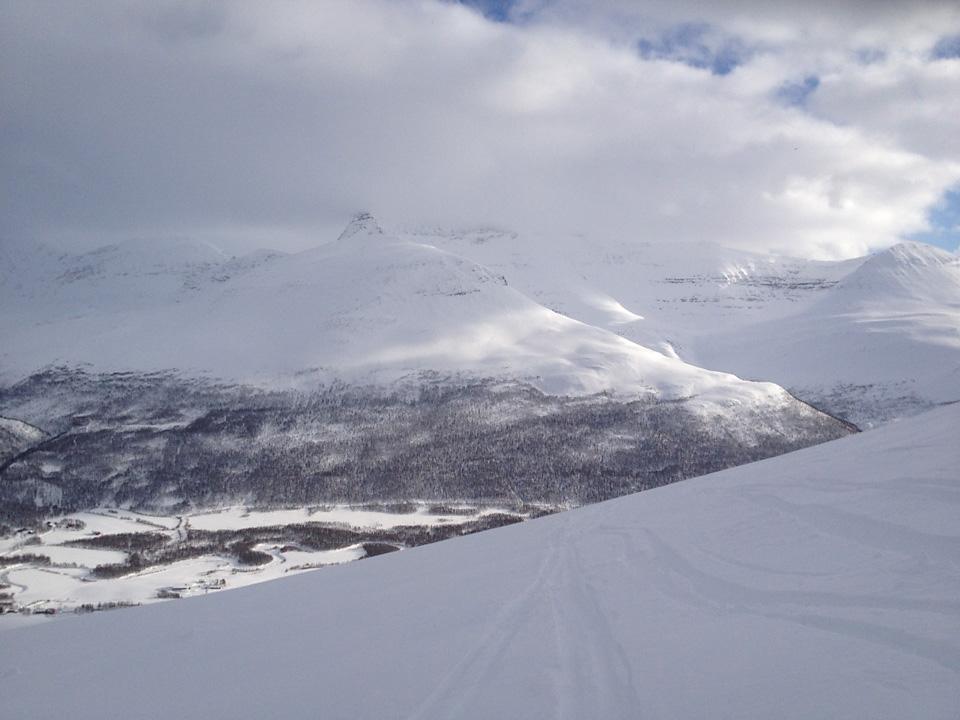 Det er mange fjell å velge mellom i Tamokdalen.
