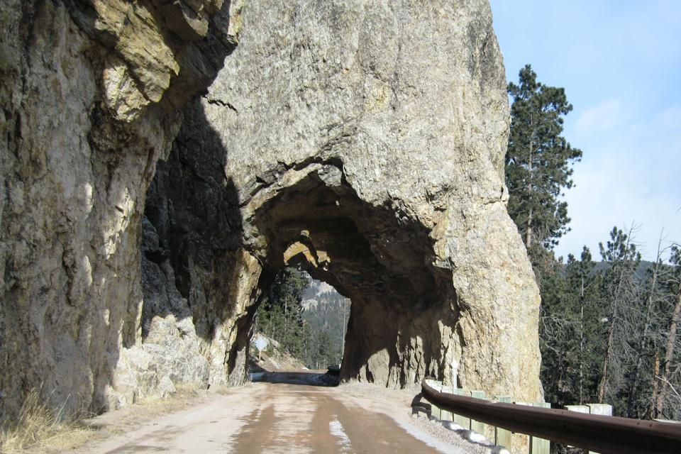 En av mange små tuneller langs Nedles Higway