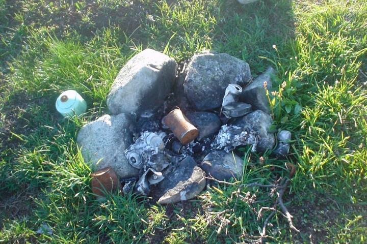 Søppelbål på hardangervidda. Ca 5 km fra nærmeste sti.