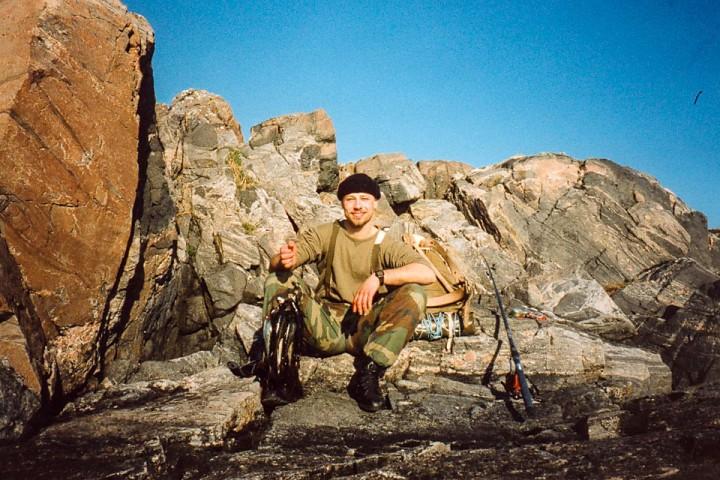 Fornøyd fisker ed et knippe småsei. Fra Stavika.