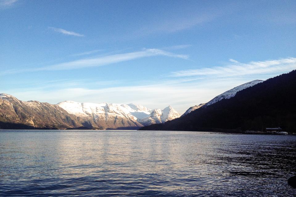 Sunndalsfjorden en varm februardag.