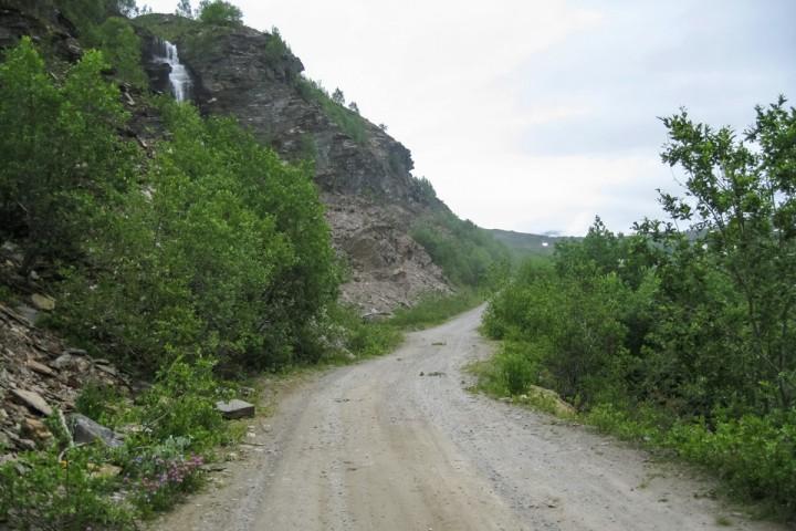 Den lange seige bakken opp fra Sulitjelma