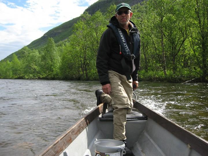 Elvebåtføreren fra Statskog i Nordreisa