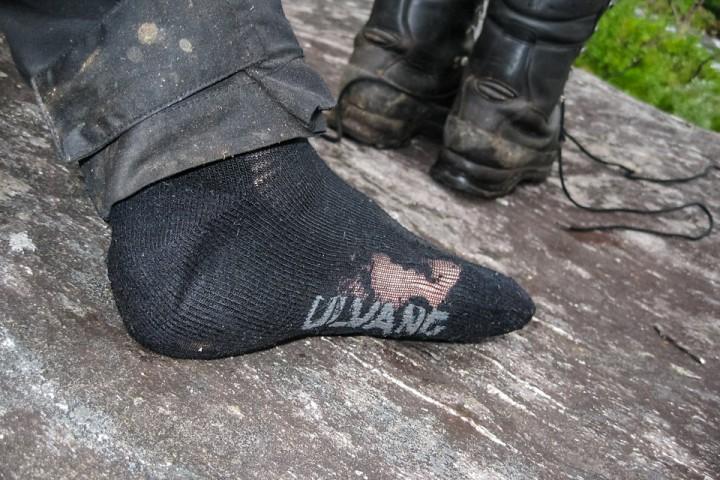 Enda et par sokker er slitt ut.