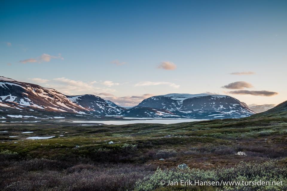 Synet av et isfritt voummajavri ga håp om røye til kveldsmaten.