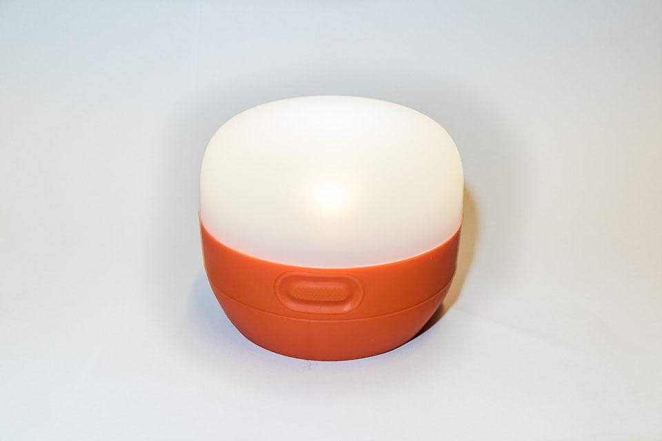Enkel i bruk: En bryter fungerer til av/på og til dimming av lysstyrken.